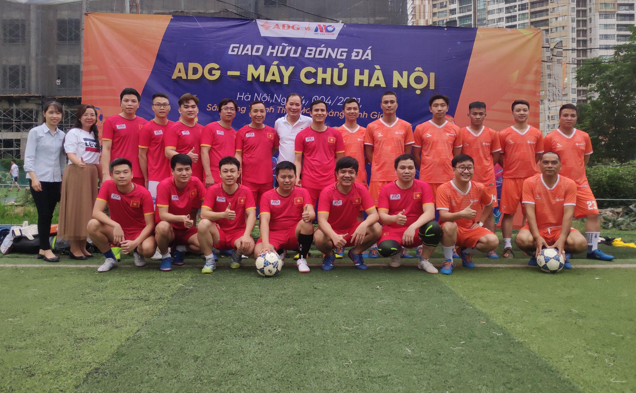 Giao lưu bóng đá giữa  Máy Chủ Hà Nội  và  ADG