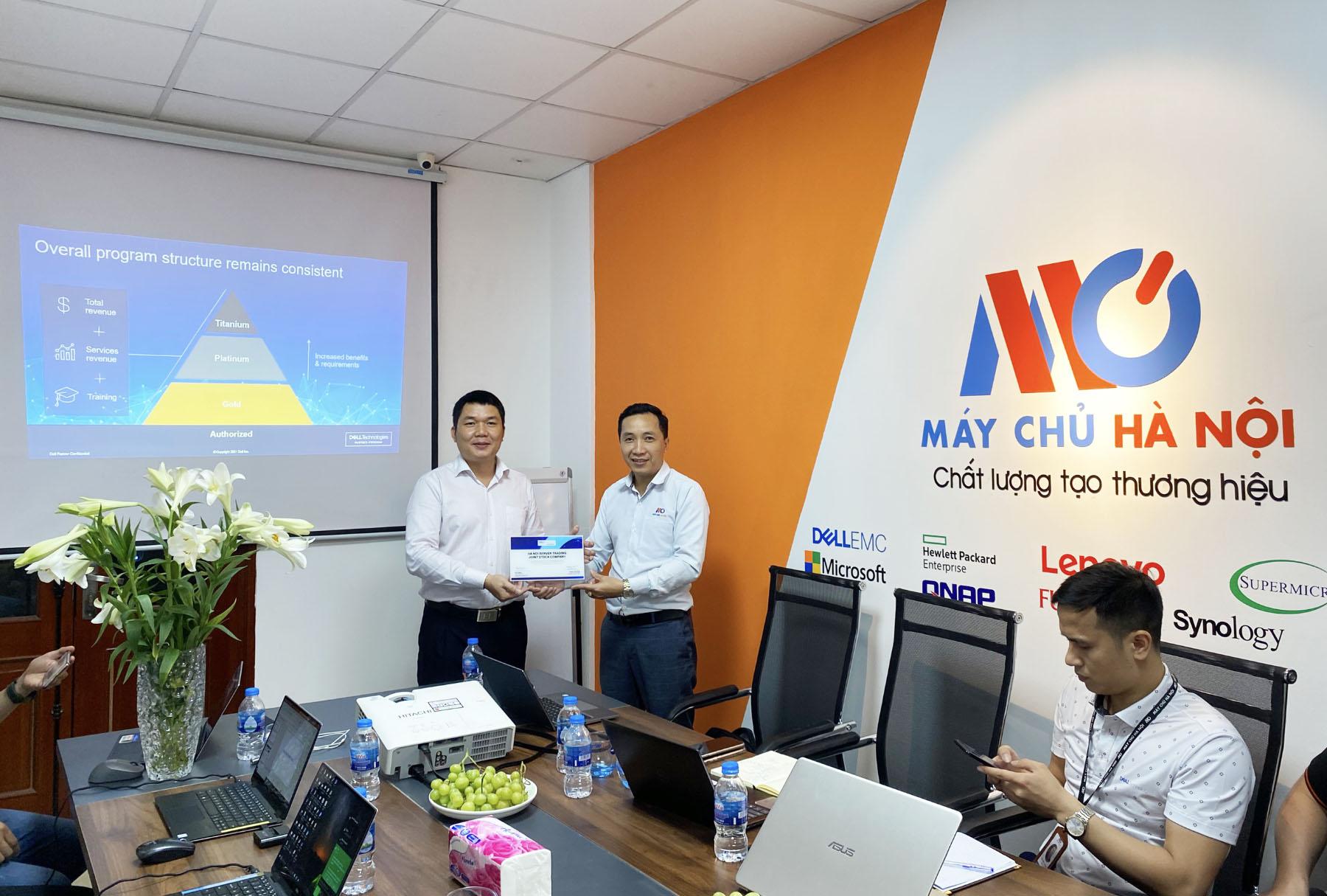 Máy Chủ Hà Nội nhận Bằng chứng nhận Gold Partner của Dell  EMC
